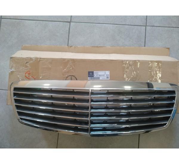 Решетка радиатора MB W211 (пр-во Mercedes-Benz)